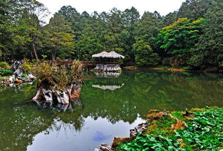 Jiemei (Sister) Lakes