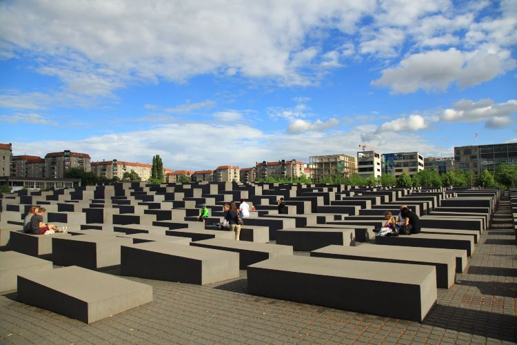 Memorial to the Murdered Jews of Europe3