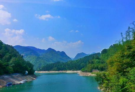 Shengtian Lake