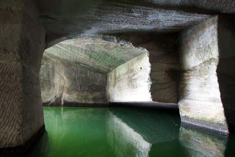 Huashan Mystery Cave2