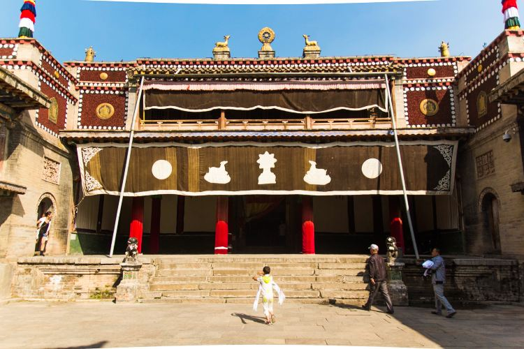 Kumbum Monastery2