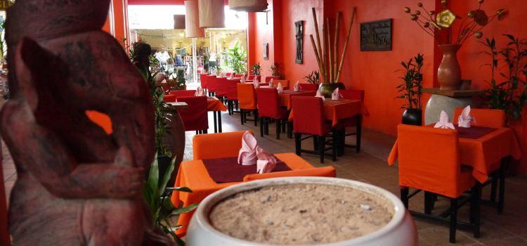 Khmer Family Restaurant - Pub Street2