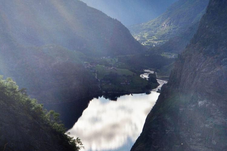 Hardangerfjorden4