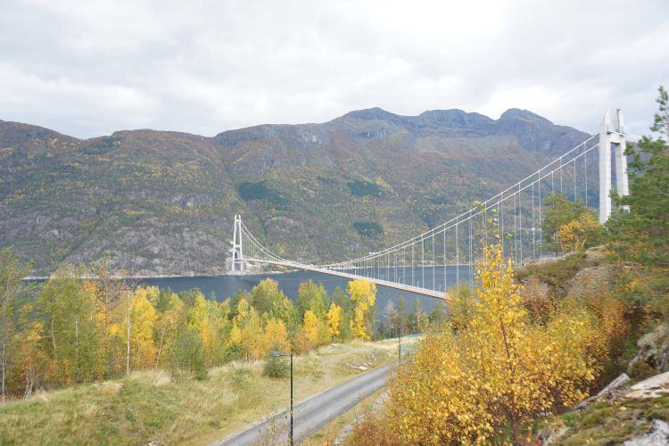 Hardangerfjorden1