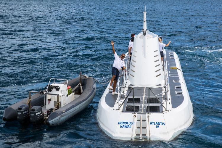 Atlantis Submarines3