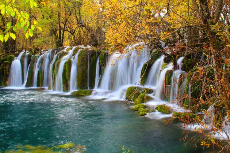 Jianzhuhai Waterfall1