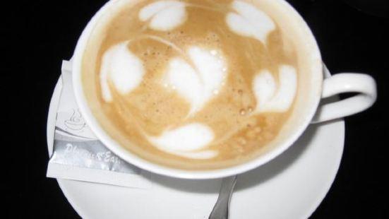 CAFE ALAYNA