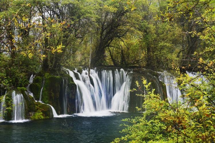 Jianzhuhai Waterfall2