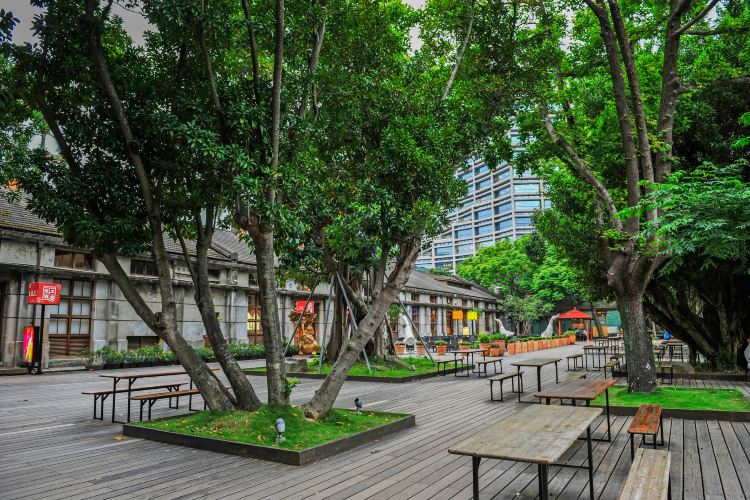 Songshan Cultural and Creative Park3