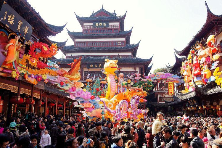 Shanghai City God Temple Tourist Area2