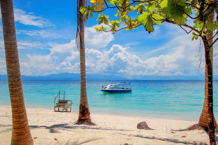 Mantanani Island2