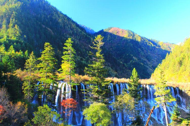 諾日朗瀑布1