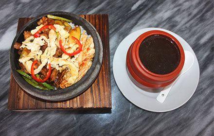 特色石鍋煲仔飯