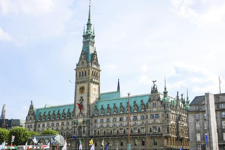 Hamburg City Hall1