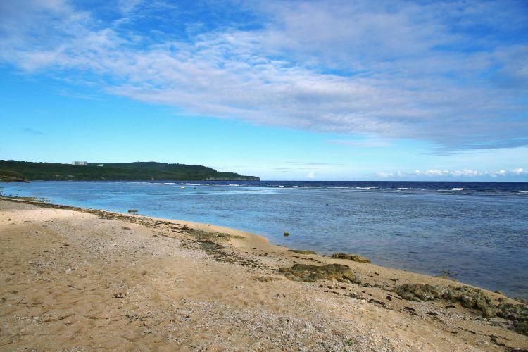 Lau Lau Beach1
