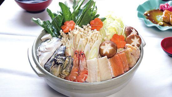 清荷雅居湘菜館