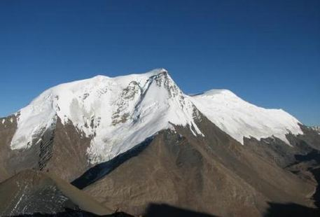 姜桑拉姆峰