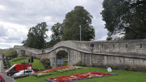 요크 성벽