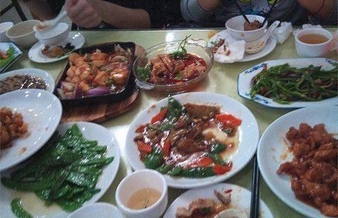 城東餃子館