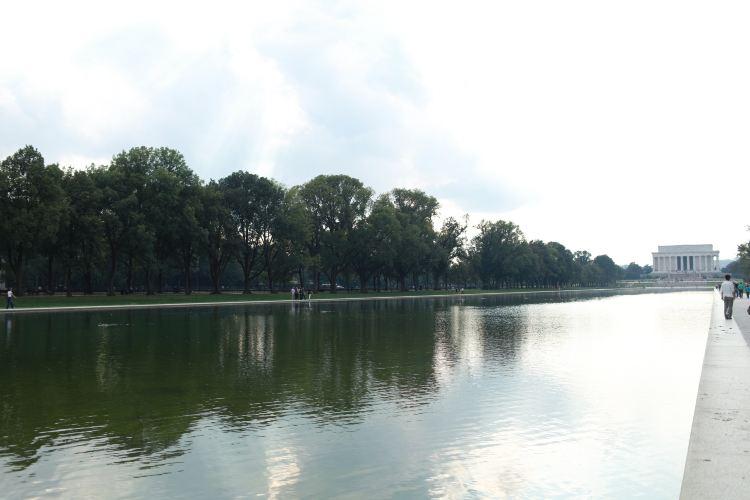 Lincoln Memorial Reflecting Pool2