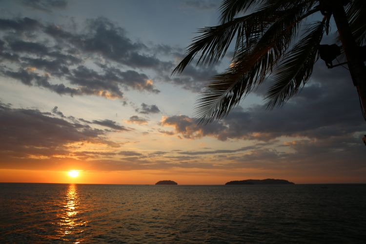 탄중아루 해변2
