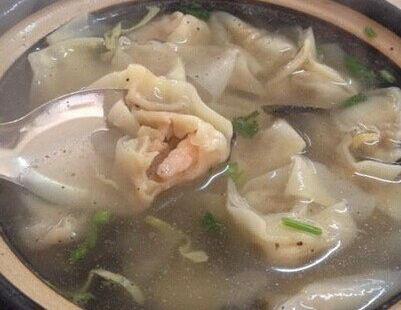 新吉雲餛飩砂鍋