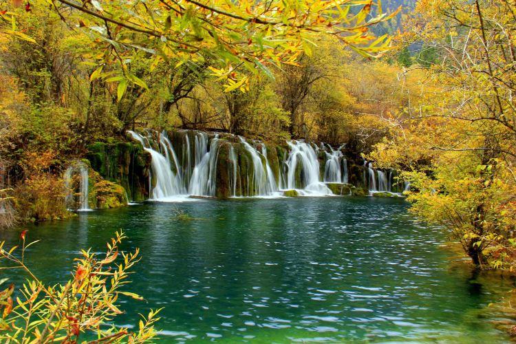 Jianzhuhai Waterfall