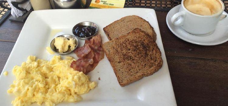 Olive Cafe3