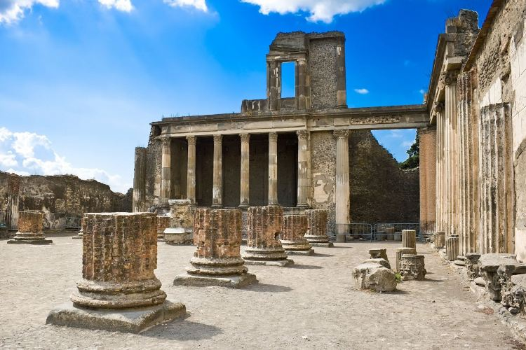 The Ancient City of Pompeii4