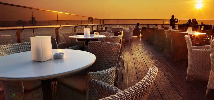 Sky Lounge3
