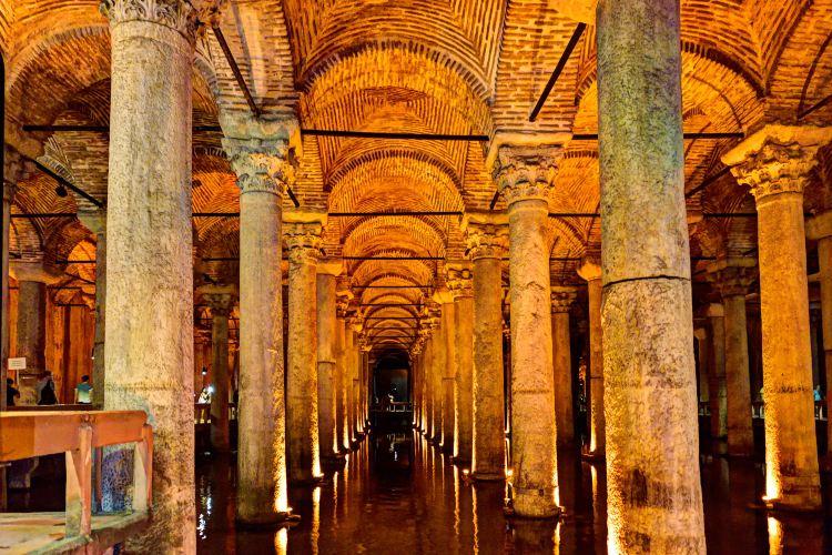 Basilica Cistern1