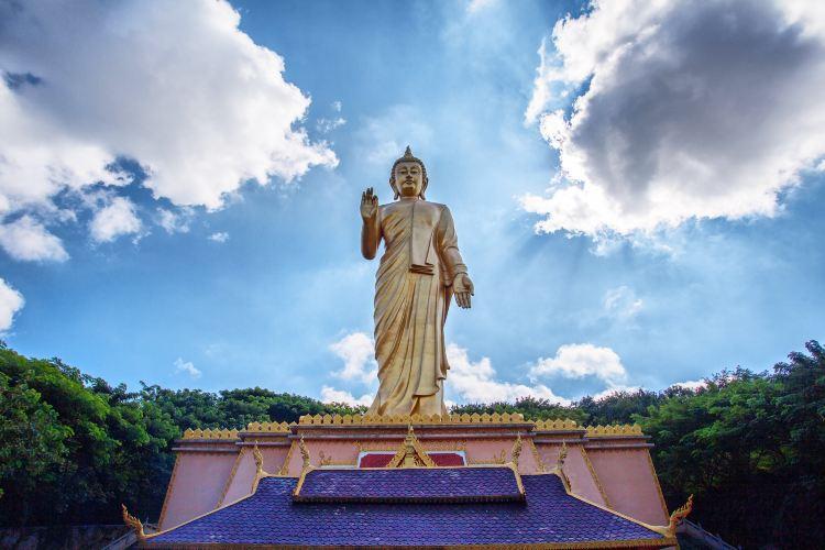 Big Buddha Temple2