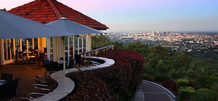 Summit Restaurant & Bar1