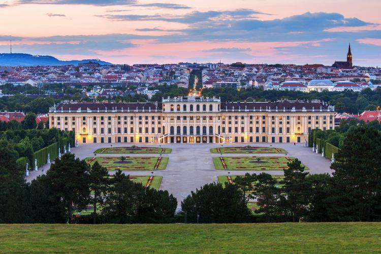Schonbrunn Palace1