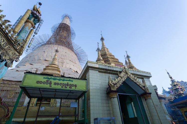Sule Pagoda1