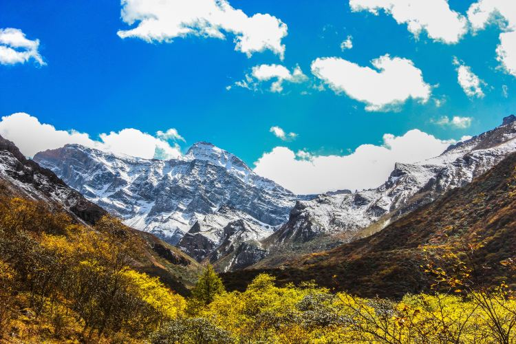 Huanglong Scenic Area4