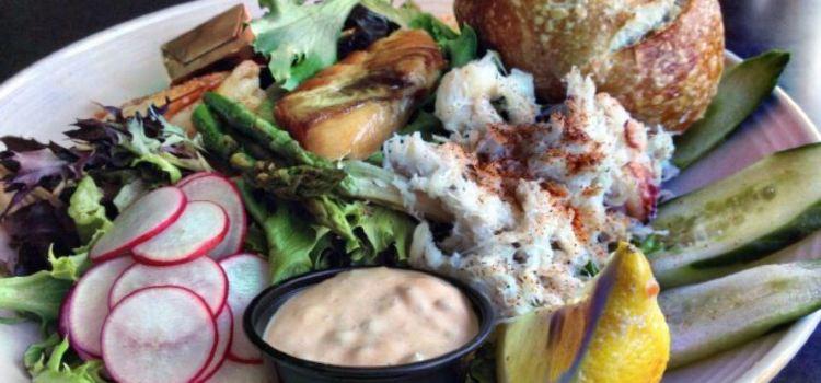 Lowell's Restaurant1