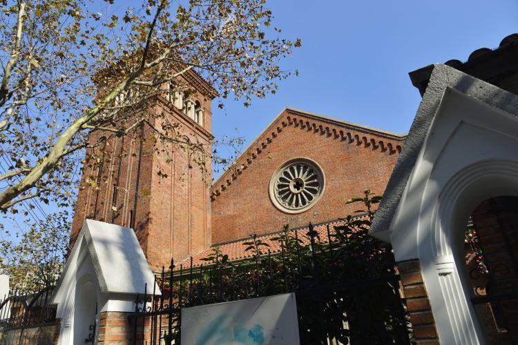 Christ All Saints Church in Shanghai (West Gate)