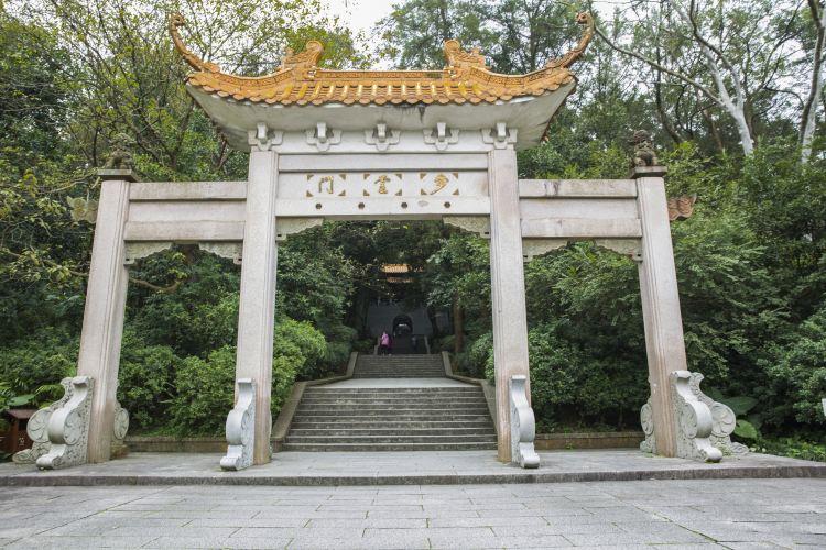 Qingxiu Mountain4