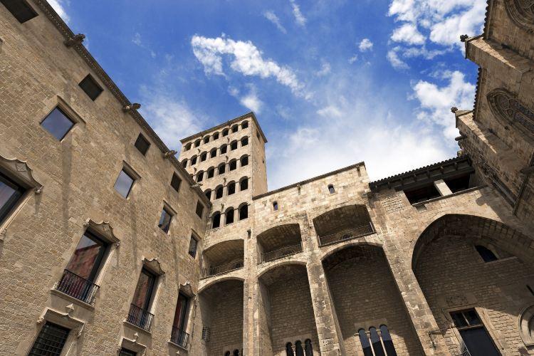 Palau Reial Major3