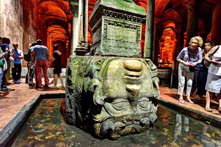 Basilica Cistern3
