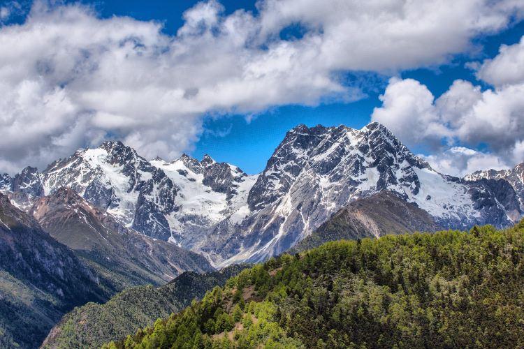 White Horse Snow Mountain1