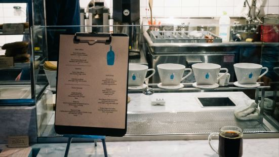 BLUE BOTTLE COFFEE(貝瑞街店)