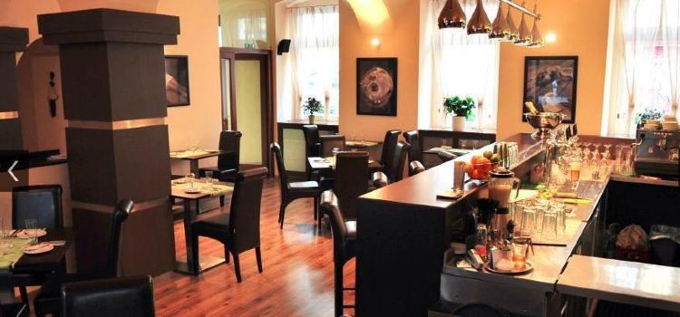 Mini Restaurant1