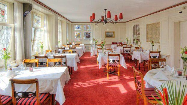 Restaurant Zunfthaus zur Waag1
