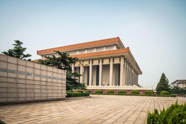 Chairman Mao Memorial Hall3