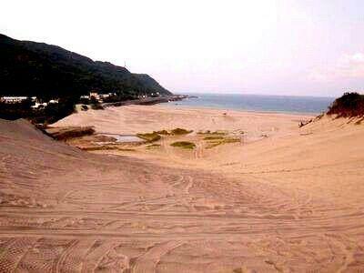 강쯔 대사막