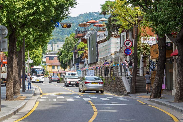 Samcheong-dong4