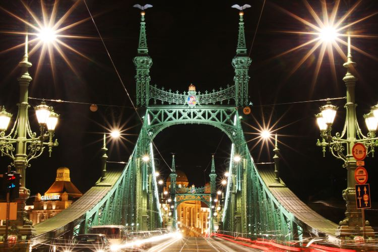 Liberty Bridge2