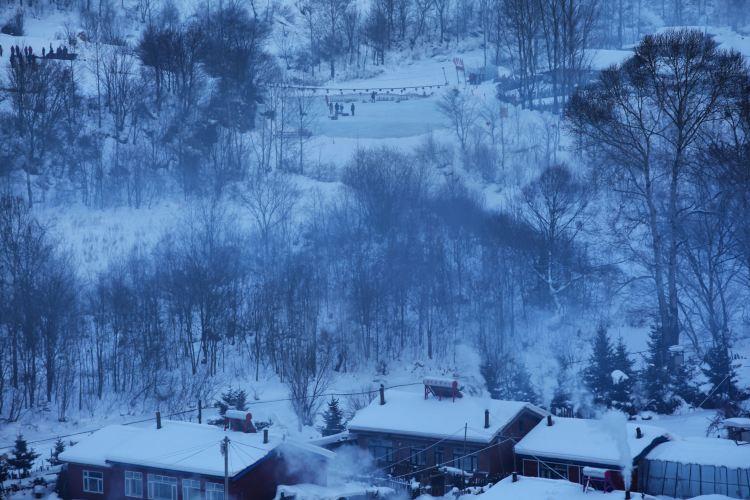 Snow valley4